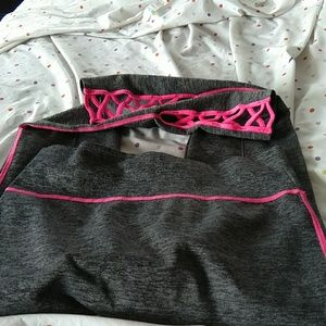 feathers Pants - Gorgeous gray /hot pink trimmed yoga pants